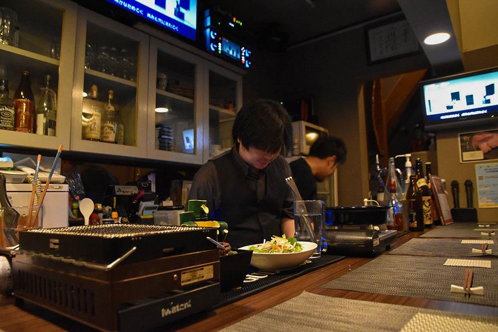 レトロ肉バル<br>炙りやん お店の紹介